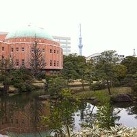 Photo taken at Kyu-Yasuda Garden by sngkwsm on 3/30/2012
