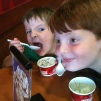 Photo taken at Cold Stone Creamery by Angela on 7/22/2012