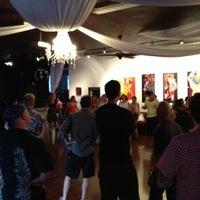 5/31/2012 tarihinde Steve Y.ziyaretçi tarafından Queen Bee's Art & Cultural Center'de çekilen fotoğraf