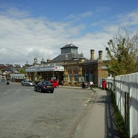 Photo taken at Lewes Railway Station (LWS) by Tigra . on 5/13/2012