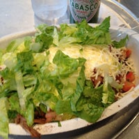 Photo taken at Chipotle Mexican Grill by Leil K. on 5/14/2012