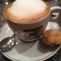 Foto tirada no(a) Armazém do Café por André O. em 3/8/2012