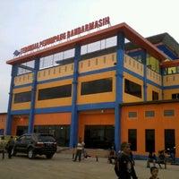Photo taken at Terminal Penumpang Bandarmasih by fauznajwan c. on 5/21/2012