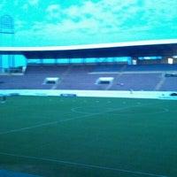 Photo taken at Estádio Doutor Adhemar Pereira de Barros (Arena da Fonte) by Odracir L. on 4/14/2012