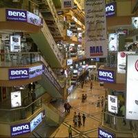 Photo taken at Mangga Dua Mall by Hendra C. on 8/21/2012