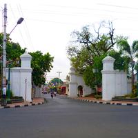 Photo taken at Gerbang Benteng Baluwerti by Kratonpedia on 3/2/2012