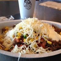 Foto tomada en Chipotle Mexican Grill por Kiran R. el 8/18/2012