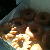 Photo taken at Krispy Kreme Doughnuts by Leelee D. on 7/21/2012
