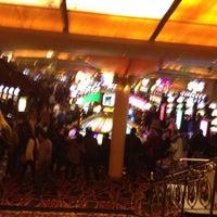 Foto tirada no(a) Casino del Hipódromo de Palermo por Sebastian D. em 5/1/2012