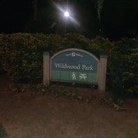 Foto tirada no(a) Wildwood Park por Jane P. em 5/8/2012