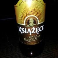 Foto diambil di Rozbiegówka Shot Bar oleh Konrad L. pada 8/18/2012