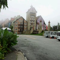 Photo taken at Colmar Tropicale by Aen A. on 3/8/2012