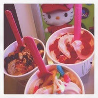 Photo taken at Yogurtland by Jodi on 9/7/2012