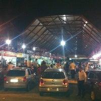 Foto tirada no(a) Praça de Alimentação do Dom Pedro por Ely S. em 6/15/2012