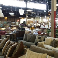 Снимок сделан в Consignment Classics Home Furnishings пользователем Tom S. 8/24/2013