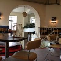 Das Foto wurde bei Cafe Stein von Anna B. am 12/2/2012 aufgenommen