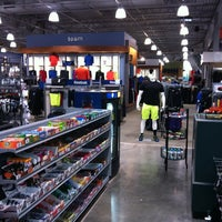 Photo taken at DICK'S Sporting Goods by Imran K. on 1/11/2013