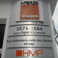 Photo taken at H Peres Seguros by Hely on 5/14/2013