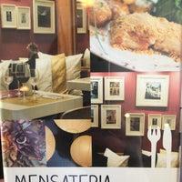 Foto diambil di Mensateria oleh Marilena C. pada 7/6/2013