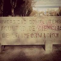 Foto tomada en Facultad de Ciencias de la Información (UCM) por Mónica V. el 12/17/2012