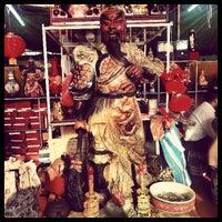 Photo taken at Comercial Gourmet Orientales - mercado chino by Jorvic on 4/11/2013