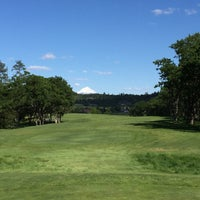 Photo taken at Eagle Point Golf Course by Jason M. on 5/1/2016