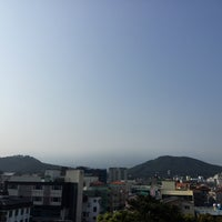 Photo taken at 제주특별자치도청 / Jeju Special Self-Goverment Province by Seung-taeck L. on 4/18/2016