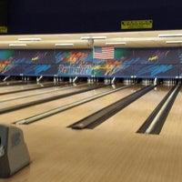 Photo taken at Brunswick Zone Thousand Oaks Bowl by Anthony L. on 5/11/2013