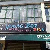 Photo taken at Young Boy Karaoke Pub & Lounge by Ksl H. on 12/28/2012