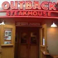1/2/2013にEmilia A.がOutback Steakhouse 名古屋栄店で撮った写真