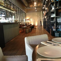 Foto diambil di Bar Tomate oleh Alberto D. pada 12/20/2012