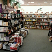 Photo taken at Barnes & Noble by MYS on 5/24/2013