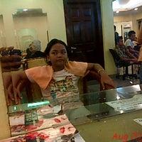 Photo taken at Evergreen Salon by Ichael _. on 8/20/2013