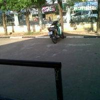 Photo taken at โรงเรียนบ้านหมากแข้ง by Natthakan J. on 9/28/2012