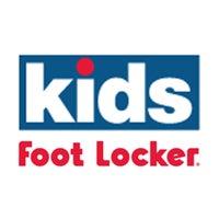 Photo taken at Kids Foot Locker by 2CHΔINϟ on 6/18/2016