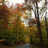 Foto tirada no(a) Rock Creek Park por Stephanie L. em 10/27/2012