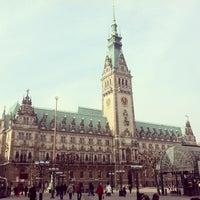 Photo taken at Hamburger Rathaus by Alexander D. on 3/14/2013