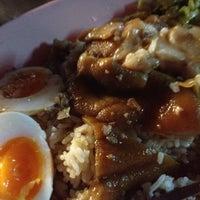 Photo taken at Kaw Kha Moo Chang Phuek by Puii on 10/10/2012