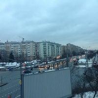 Photo taken at Остановка «Хамовнический Вал» by Ваня С. on 12/13/2013