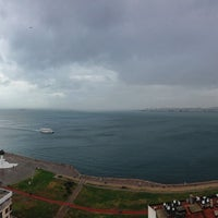 Foto tirada no(a) Ege Palas Business Hotel por Mikhail B. em 2/9/2013