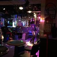 Foto tomada en Botas Bar por Carlos C. el 8/24/2015
