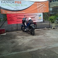 Photo taken at Kantor Pos Jakarta Timur 13000 by Syaiful S. on 7/1/2013
