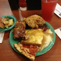 Photo taken at Golden Corral by Tory on 8/3/2013