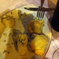 11/25/2011 tarihinde Benassi C.ziyaretçi tarafından Di Andrea Gourmet Pizza & Pasta'de çekilen fotoğraf