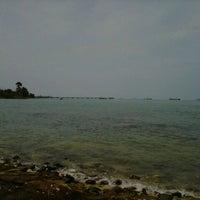 Photo taken at Pantai Kelapa Tujuh by Yusuf on 11/15/2012
