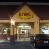 Photo taken at Denny's by Nashira A. on 11/23/2012