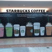 Photo taken at Starbucks by Gary T. on 9/22/2013