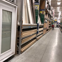 Photo taken at Lowe's Home Improvement by Gary T. on 2/17/2018