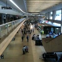 Photo taken at Aeroporto Internacional de Confins / Tancredo Neves (CNF) by Rodrigo P. on 6/27/2013