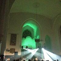 Снимок сделан в Англиканская церковь Святого Искупителя пользователем Martins E. 9/7/2013